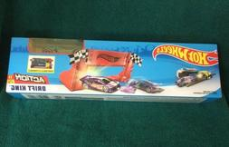 HOT WHEELS DRIFT KING TRACK SET  ~ PORTABLE & STOWABLE ~WITH