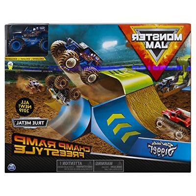champ ramp freestyle playset monster truck playset