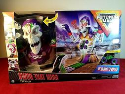 Monster Jam Grim Take-down Playset Feat: Grave Digger - Dist