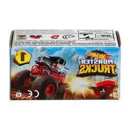 ***HOT WHEELS MONSTER TRUCKS MINI VEHICLES WITH LAUNCHER. CH